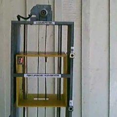 Elevador Microcontrolado